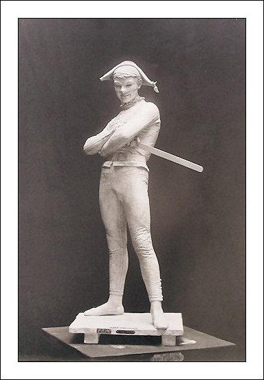 arlequin-platre-1880